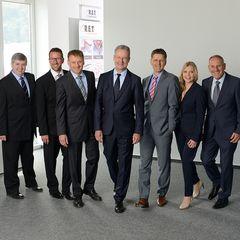 Die neue Geschäftsleitung von REIFF Elastomertechnik; v.l.n.r.: Richard Miess, Daniel Komenda, Hubert Terhaar, Jan Beutnagel, Klaus Milde, Angelika Lyulina, Horst Schäfer